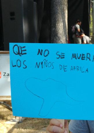 QUE NO SE MUERAN LOS NIÑOS DE AFRICA - PAZ