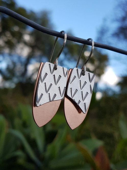 SHIELD DROP EARRINGS - Aluminium V Copper