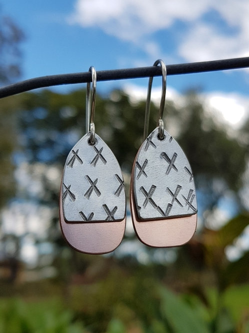 EGG DROP EARRINGS - Aluminium Lrg X's Copper