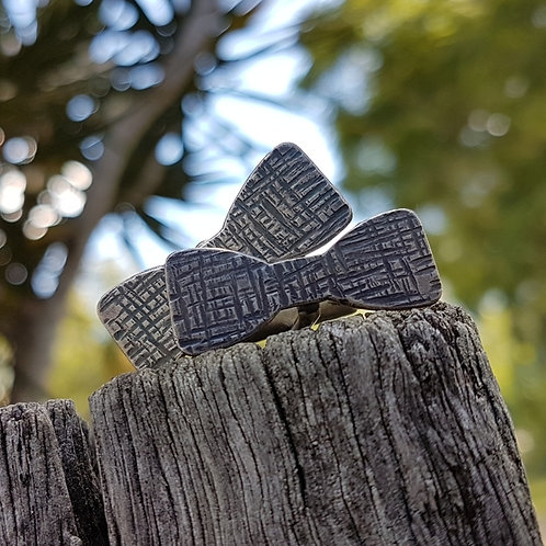 CUFF LINKS - Bow Ties - Crosshatch