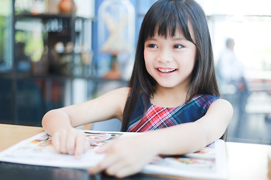 asian-little-girl-reading-book-smile-hap