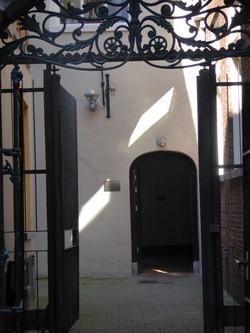 poort Rode weeshuis_edited