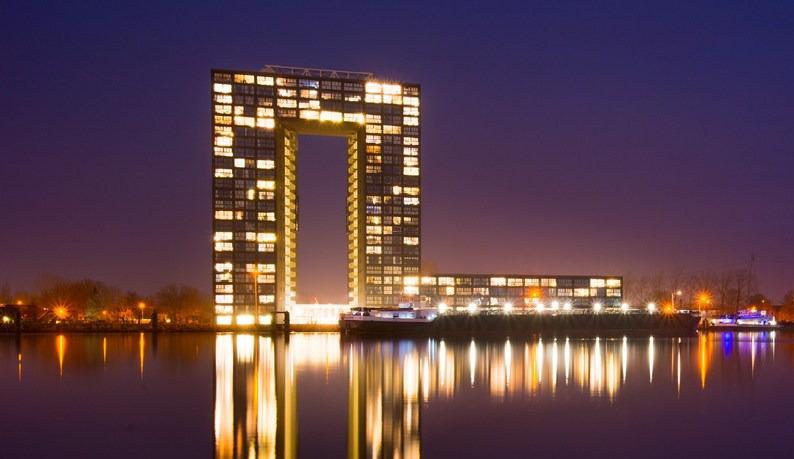 tasman Toren in de nacht (Kopie)_edited