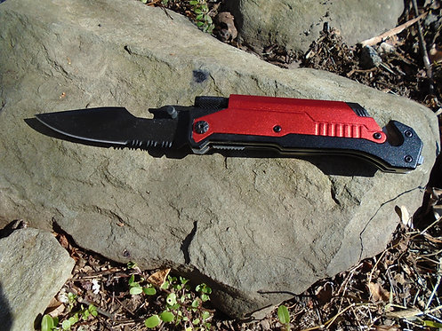 Multi-Knife 6-in-1 Survival Knife | Flashlight | Firestarter | Glass Breaker