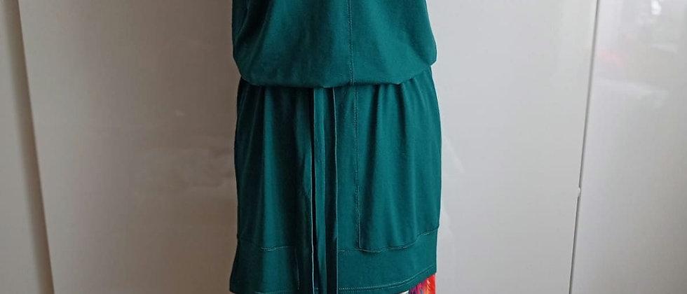 Komplet šaty a lehké kalhoty