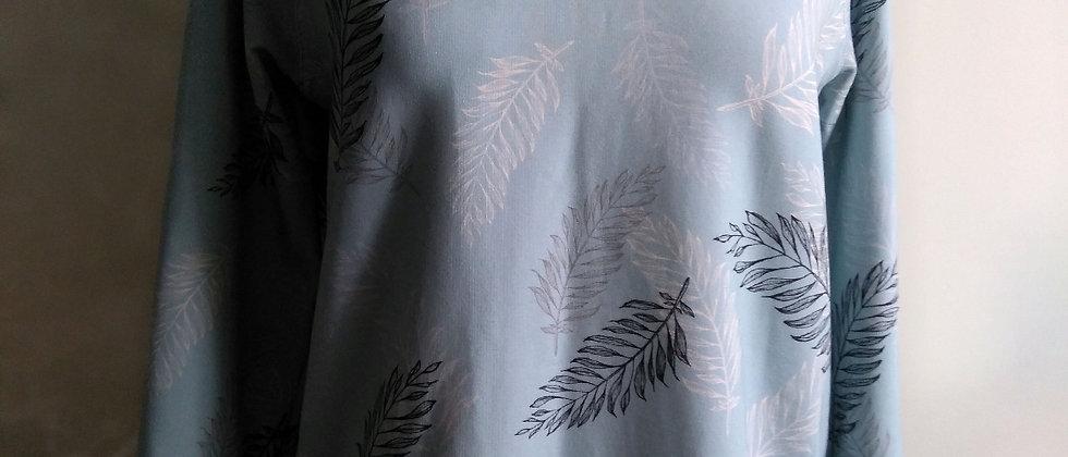 Palmové listy na nebesky modré