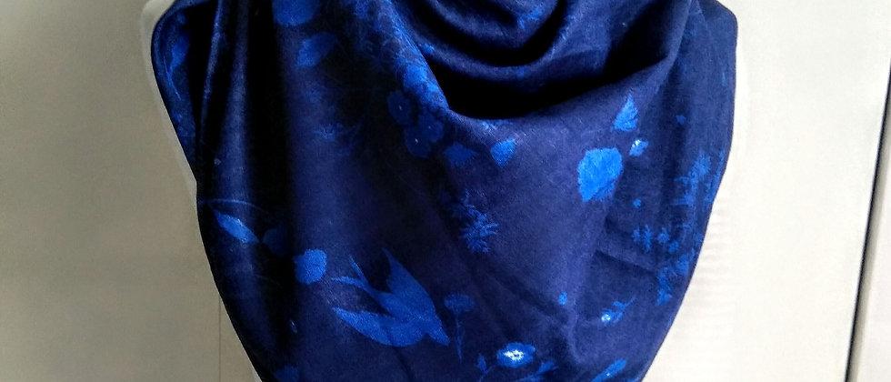 Velký šátek Zahrada v modré