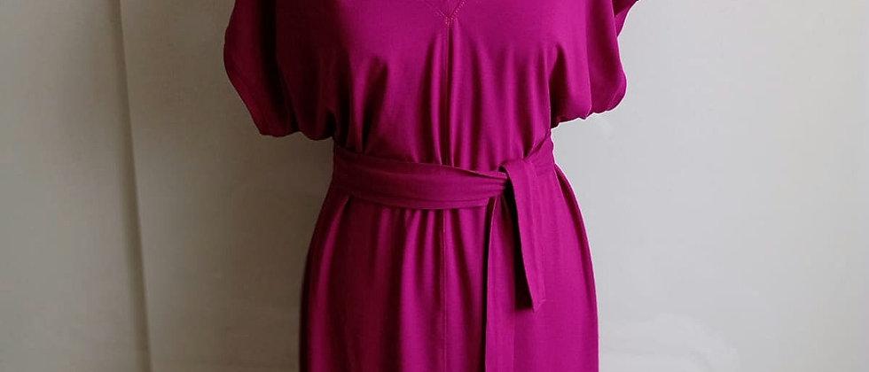 Úpletové šaty Fuchsie se stuhou na zádech