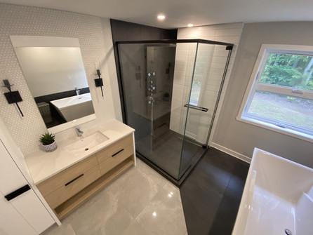 Vanier | Salle de bain