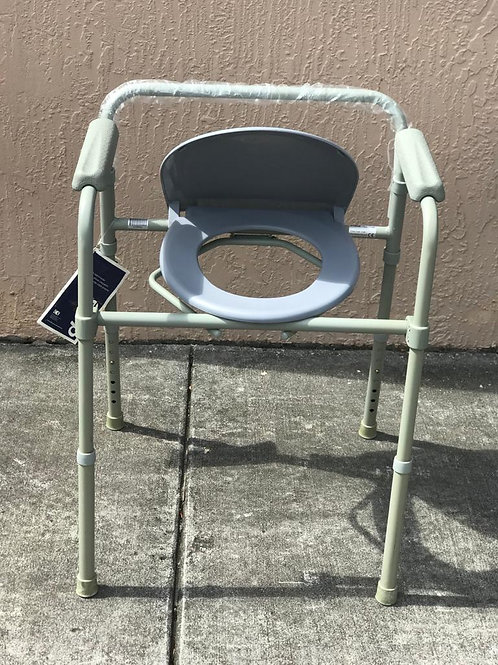 Drive folding commode chair without bucket
