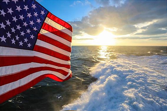 16-Glorious-American-Flag-Photos-Guarant