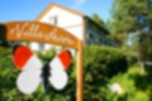 Villa Aurora tarjoaa majoitusta Mäntyharjussa Taidekeskus Salmelan vieressä.