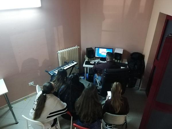 Musica elettronica.jfif