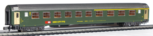 Hobbytrain voiture CFF RIC 1/2.cl