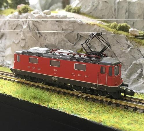 Minitrix Re 4/4 II rouge