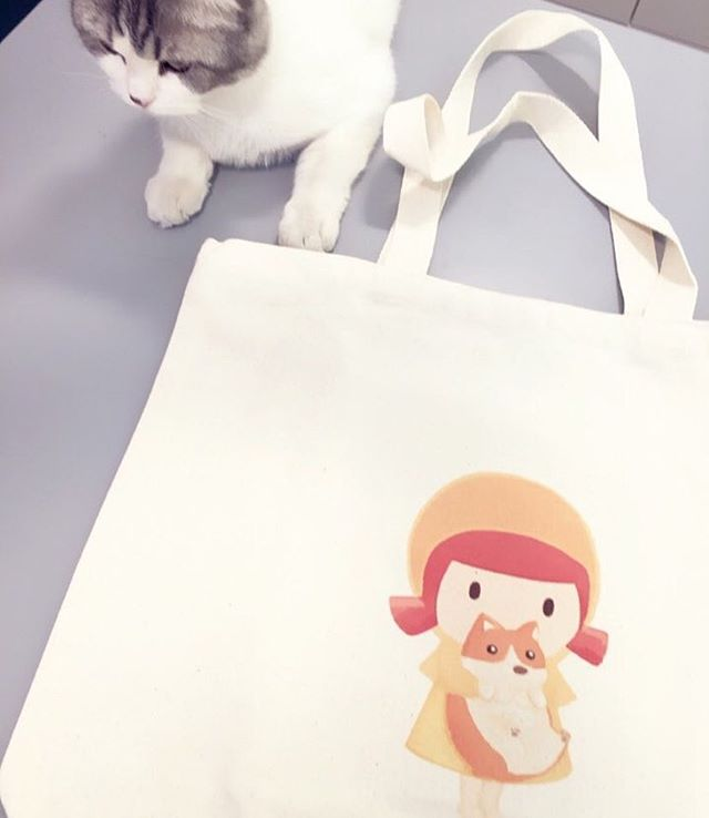 Monimono Eco bag with King_#contemporaryart#girl#print#instaart#cat#イラスト#絵#bag#dailylook#art#artwork