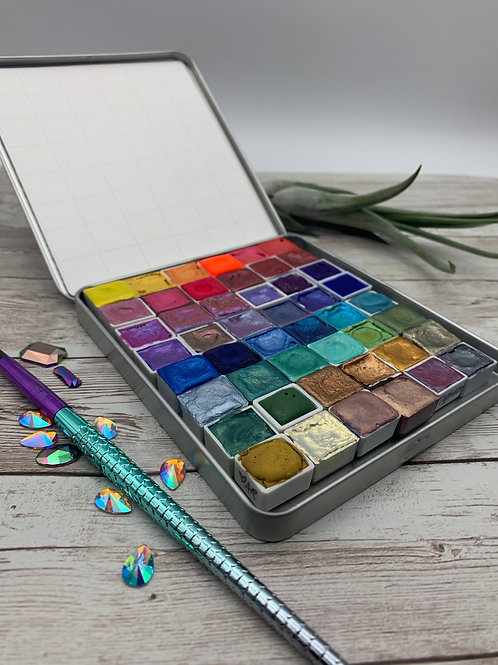 Medium Empty Watercolor Tin/Palette