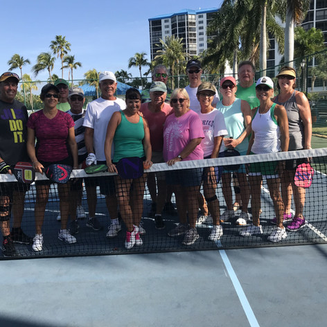 OH_pickleball_group1-min.jpg