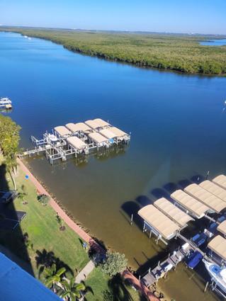 OH_amenities_Yacht Club Dock A.jpg