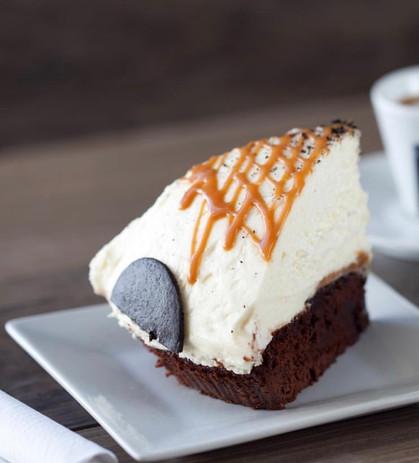 Caramel Fudge Cheesepie .jpg