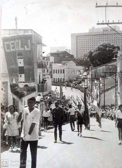 Participação_do_CEGLJ_no_desfile_do_2_de