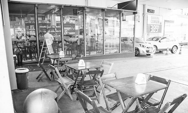 Loja de insumo cervejeiro com estacionamento em Caxias do Sul