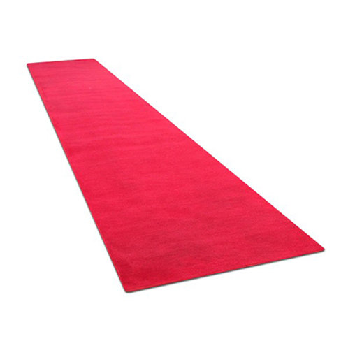 Red / White Carpet Runner
