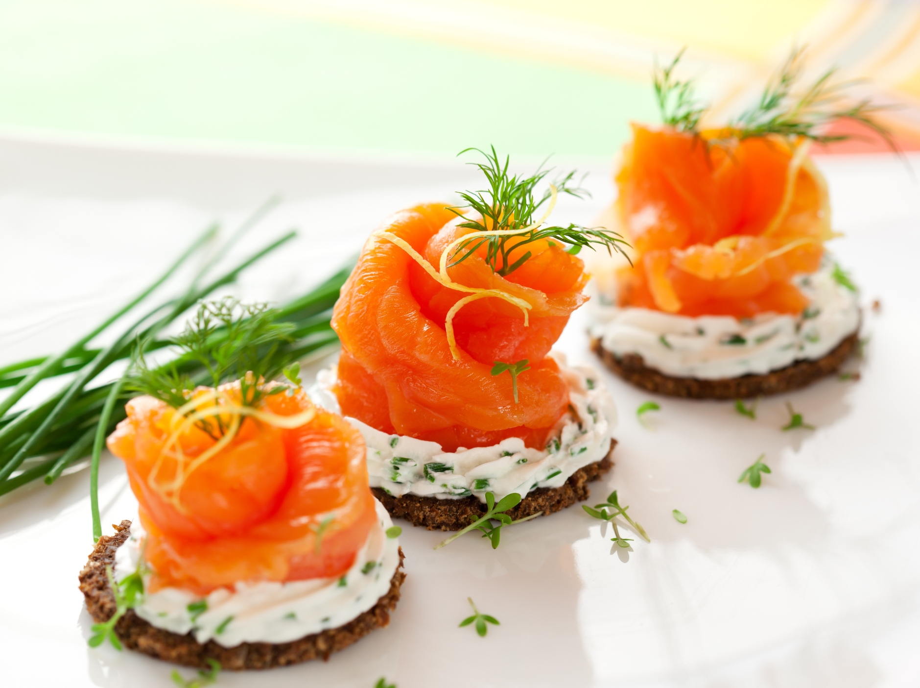 Norwegian-smoked-salmon-canapes-with-cream-cheese-reduced