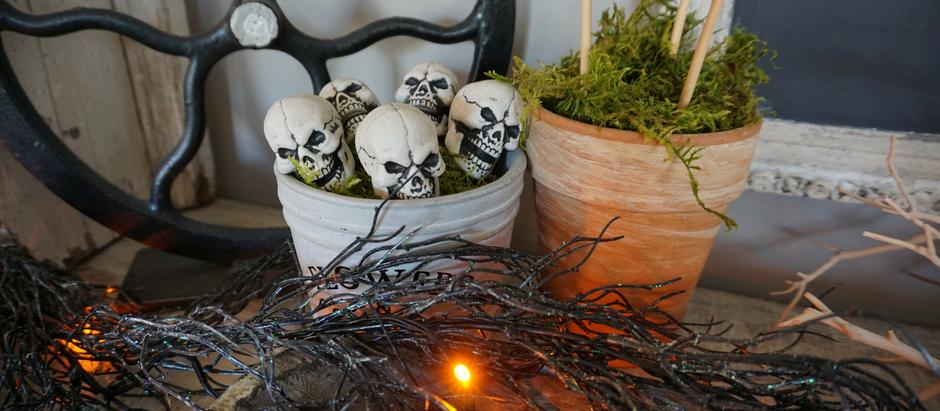 3 Steps to Creepy (non-cheezy) Halloween Decor