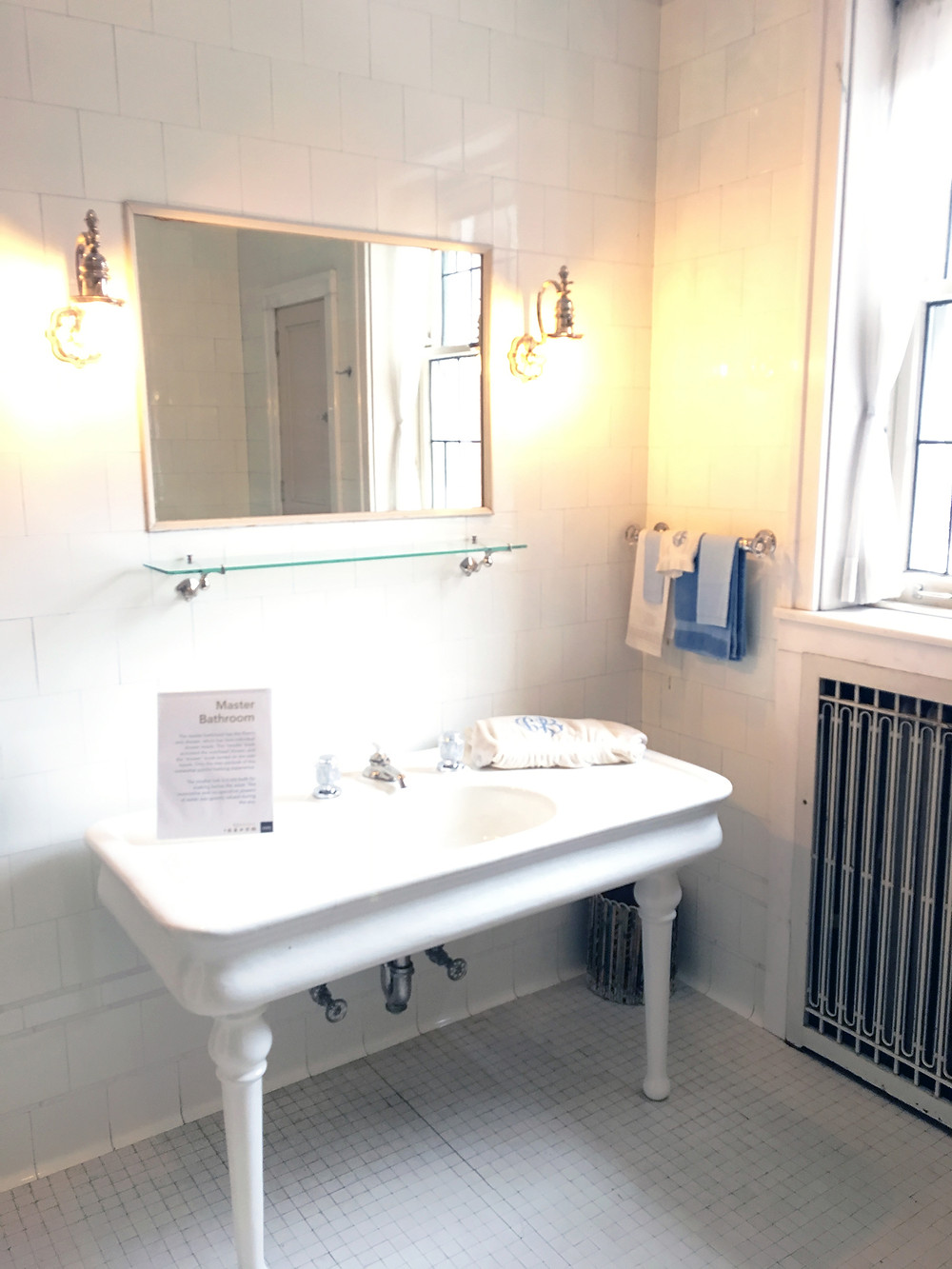 EH Design Blog - Glensheen Mansion - Bathroom