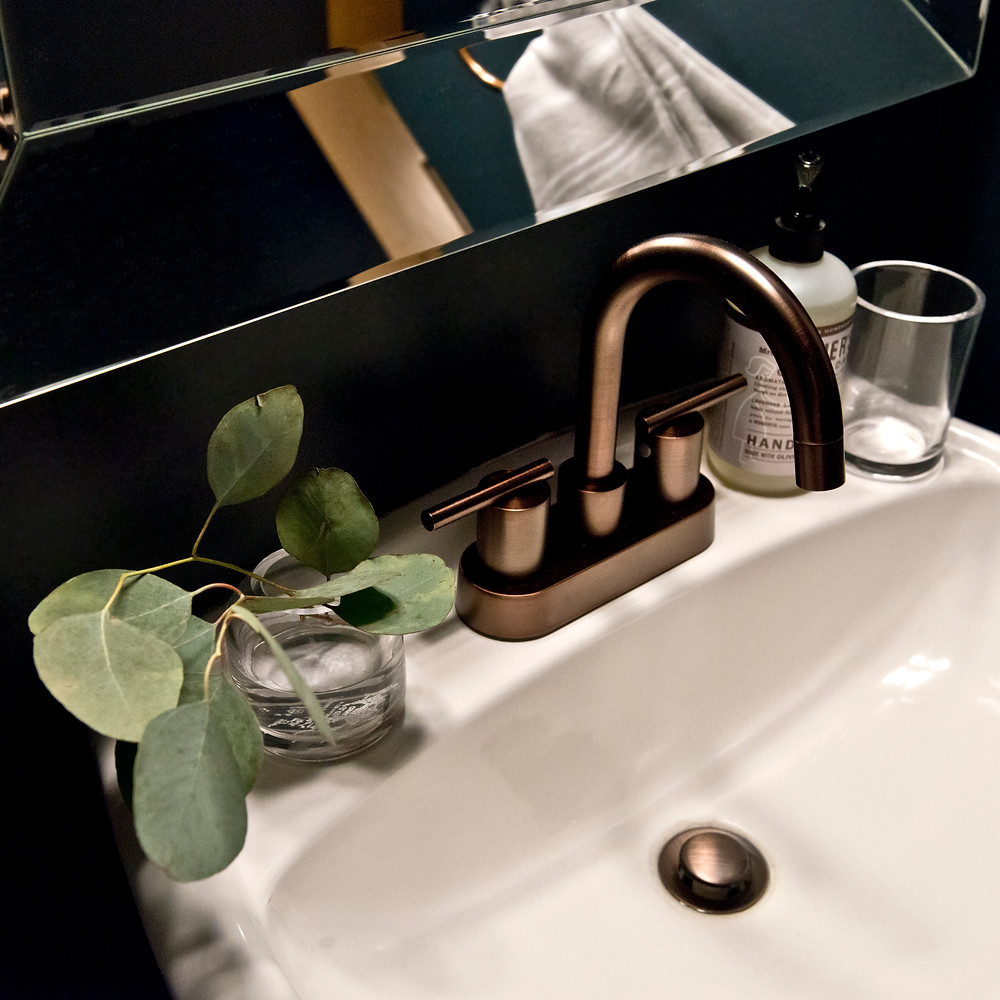 Chanhassen Project: Powder Room Reveal | EH Design | Small Powder Room Ideas #Paintcolors #powderroom #powderroomideas