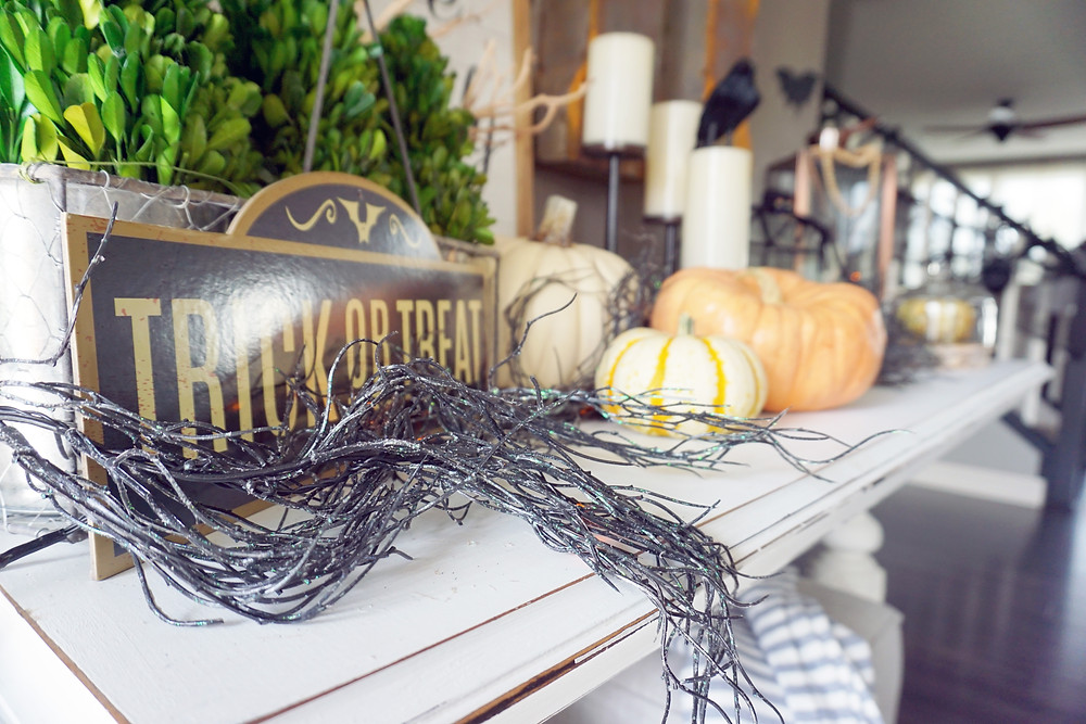 EH Design Blog - Halloween Decorations - Entry of Trick or Treat