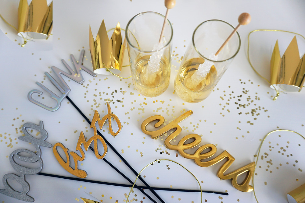 EH Design Blog - NYE Menu - Champagne