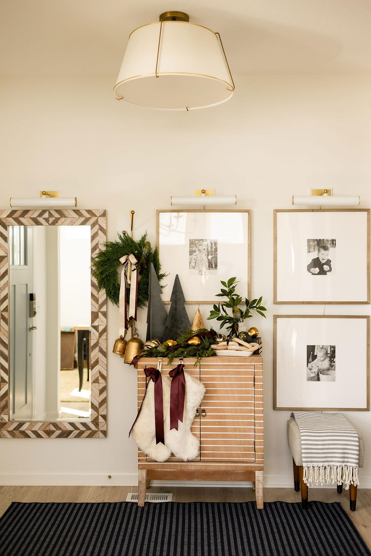 Entryway Christmas design