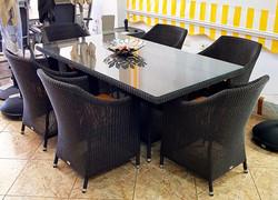 Roky-Valerian dining set