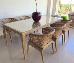 Journey dining set