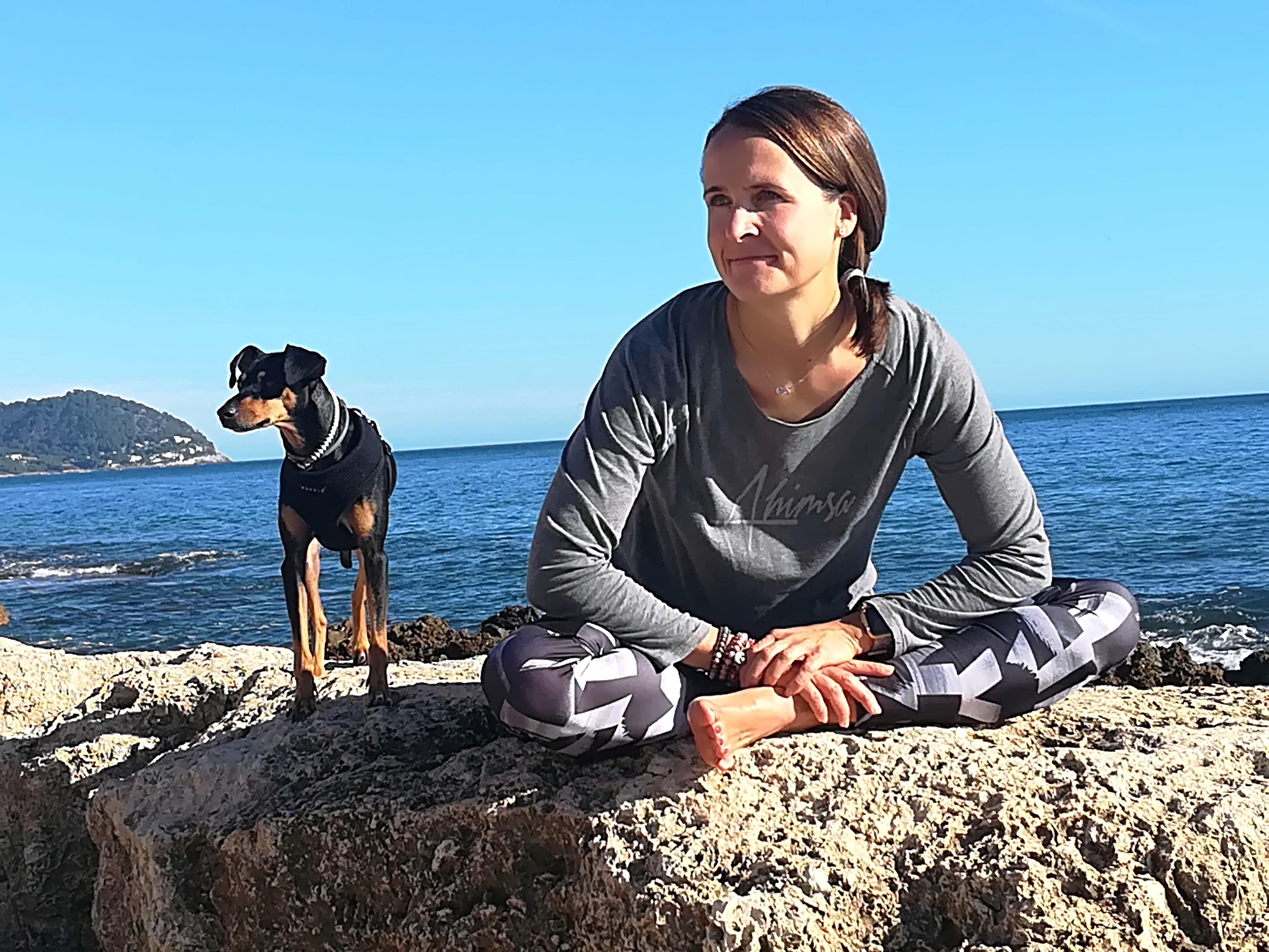 Yoga Sol Mallorca Yogadog