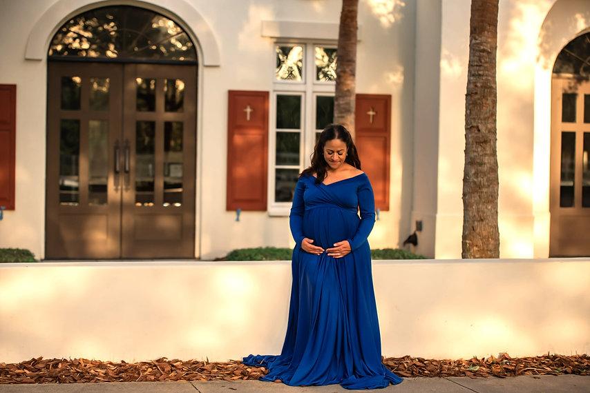 Ramirez_Maternity-93-min_edited.jpg