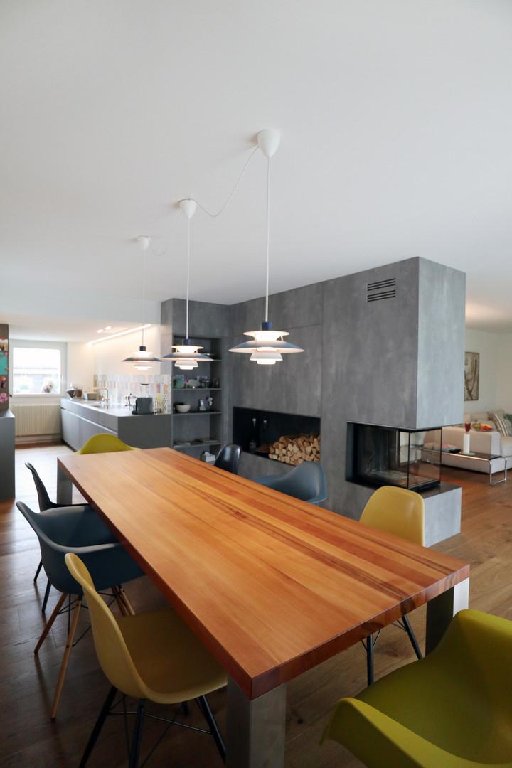 diWOHN Umbau Küche mit Cheminée