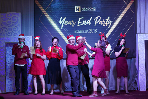 Year End Party 3.JPG
