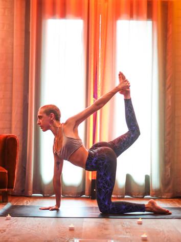 Hoxton Yoga 1 (17 of 21).jpg