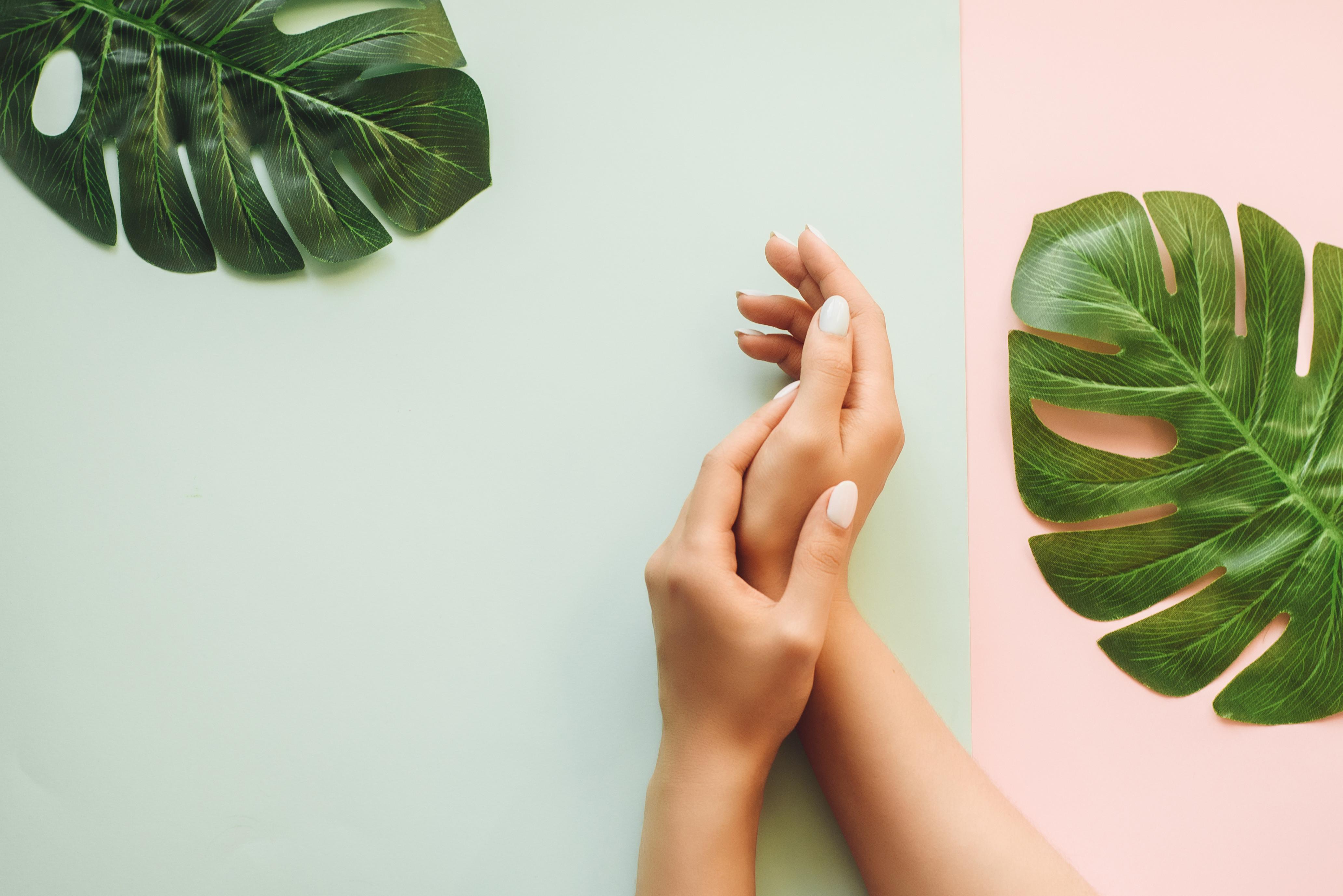 Aura Manicure