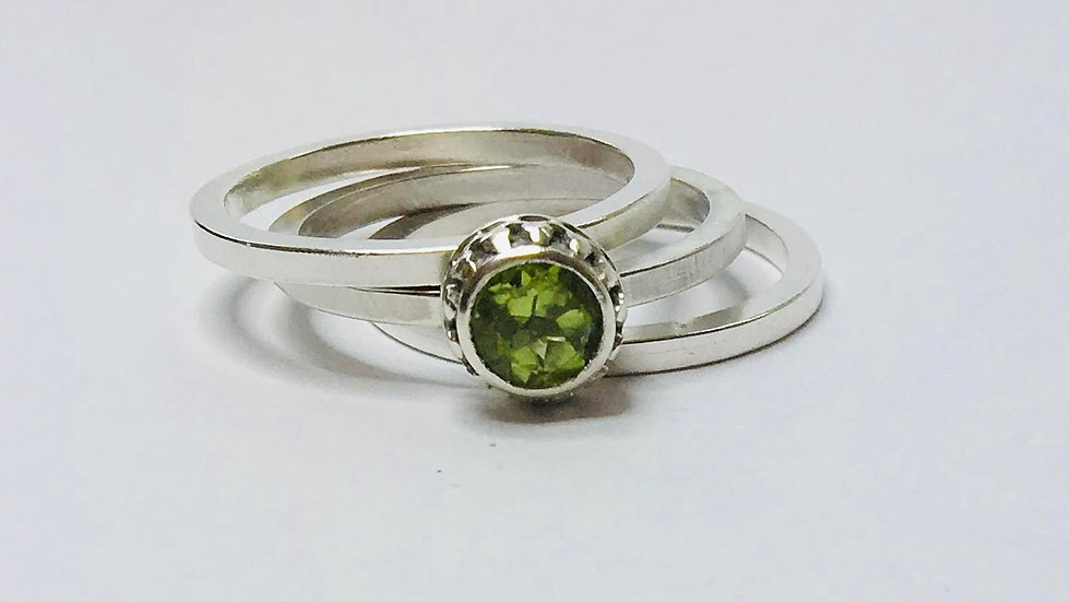 Princess and the Pea Stack Ring