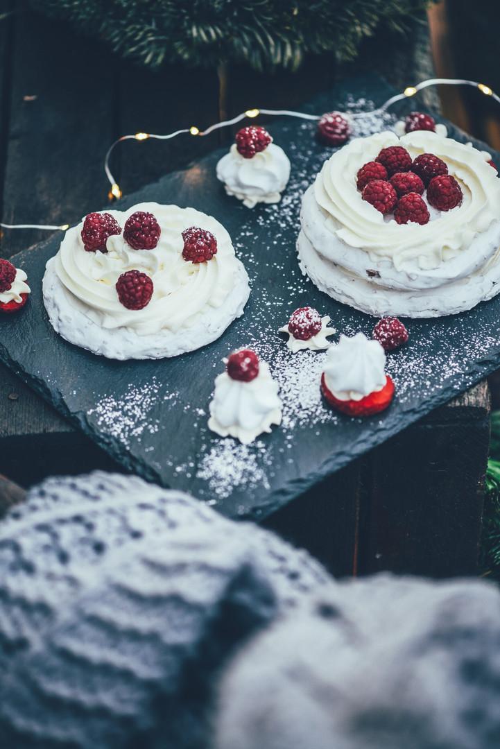 Mini Pavlovas with Raspberries