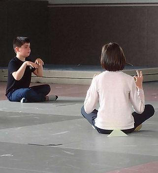 relaxation-bien-etre-enfants-arts-martiaux-poitiers-1732x1300.JPG