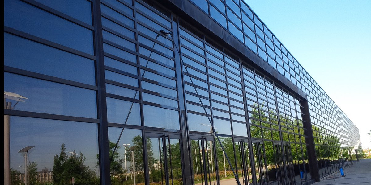 commercial-window-cleaning-services.jpg