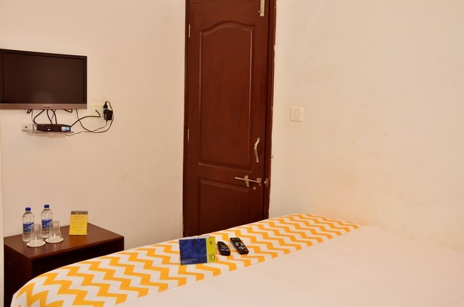 Madhurasa room interior 2