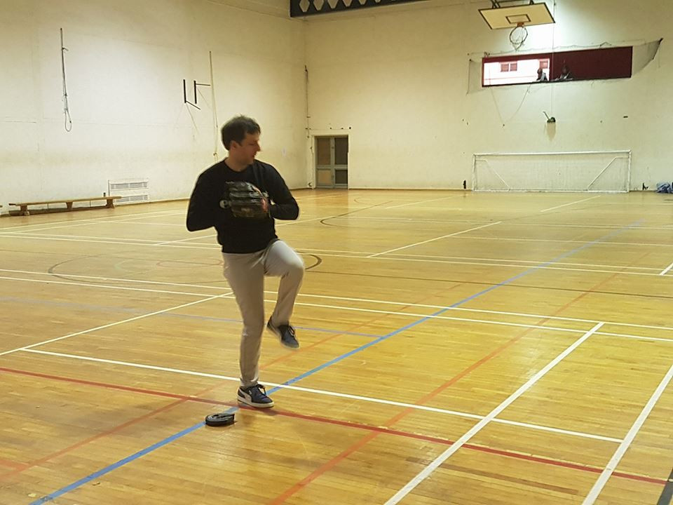 Julio leading Pitching Training in Seale-Hayne Sports Centre
