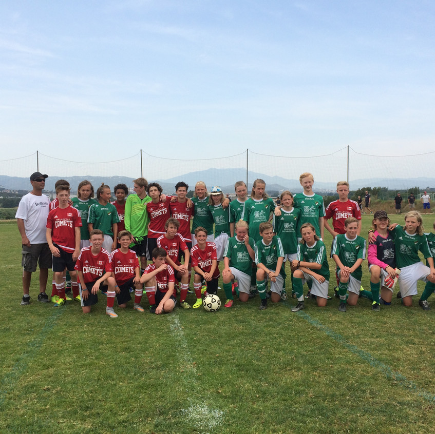 Belleville Comets competed in the Mediterraneao Summer Cup in Barcelona!  (3)