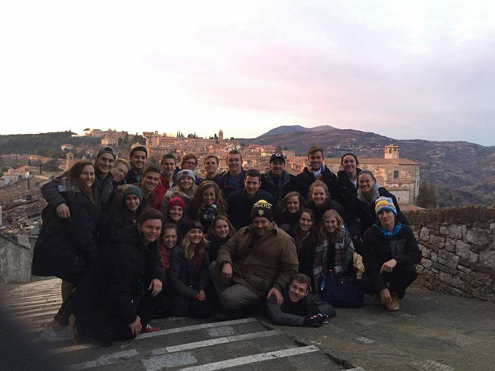 DePauw Men and Women's Team at the Roman Colliseum